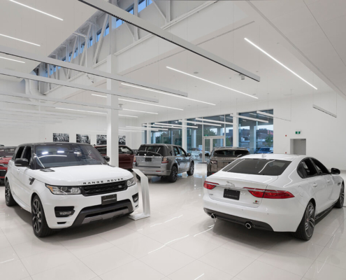 Salex LUC – Budds' Imported Cars Land Rover Oakville Dealership